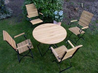 4 Gartenstühle Gartentisch Rund   Klassische Gartenmöbel Metall Und  Robinienholz Klappbar | Online Kaufen